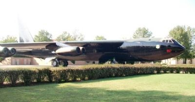 "Boeing B-52D ""Stratofortress"" image. Click for full size."