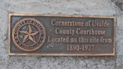 1890 Uvalde County Courthouse Cornerstone plaque image. Click for full size.