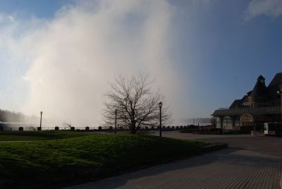 The Mist from Horseshoe Falls. Table Rock Welcome Centre on the Right image. Click for full size.