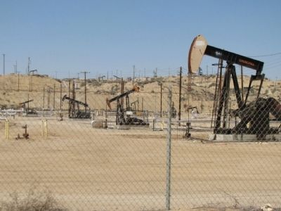 Oildale Oil Pumps image. Click for full size.