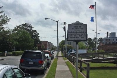 Siege Of Washington Marker on West Main Street, looking east image. Click for full size.