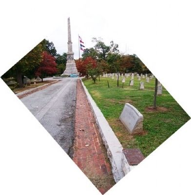 Confederate Soldiers Plot Markers & Monument image. Click for full size.