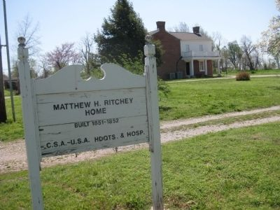 Ritchey Mansion nearby image. Click for full size.