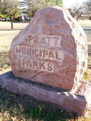 Pratt City Parks Marker at Avenue of Flags image. Click for full size.