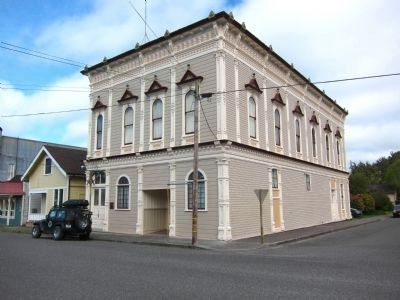 Ferndale Masonic Hall, Built 1891 (212 Francis Street) image. Click for full size.