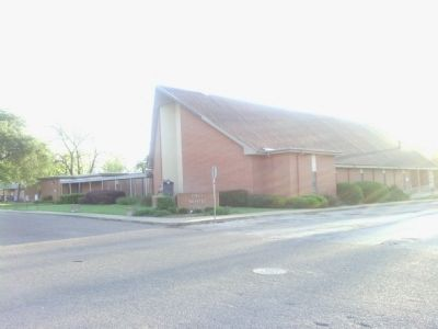 First Baptist Church of Bastrop image. Click for full size.