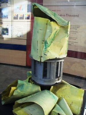Remains of Greensburg's Tornado Warning Siren image. Click for full size.
