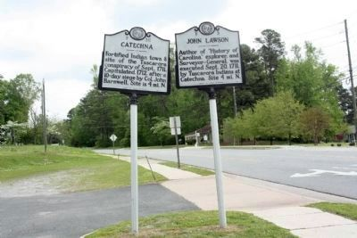 Catechna Marker (L) looking northwest along Highland Boulevard image. Click for full size.