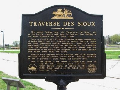 Traverse des Sioux Marker image. Click for full size.