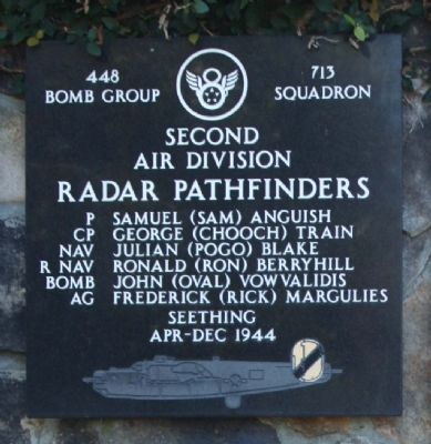 448th Bomb Group 713 Squadron image. Click for full size.