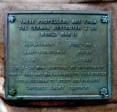 Propellor Plaque image. Click for full size.
