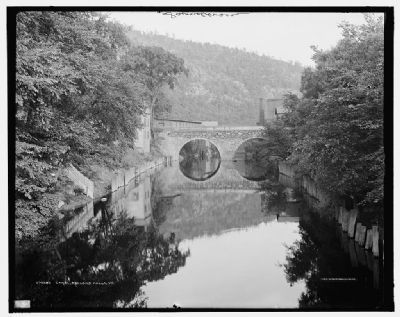 <i>Canal, Bellows Falls, Vt. </i> image. Click for full size.
