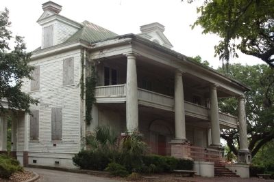 Charleston Naval Yard Officers' Quarters A in restoration today image. Click for full size.