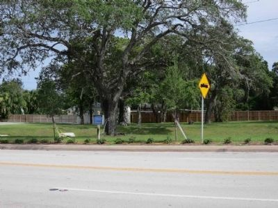 B-24 Crash Marker on Eau Gallie Boulevard image. Click for full size.