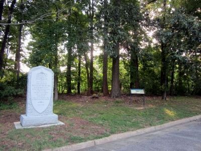 Battle of Big Bethel Monument & CWT Marker image. Click for full size.