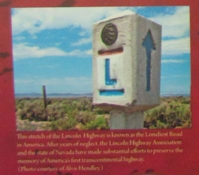 Lincoln Highway Monument image. Click for full size.