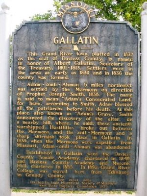 Gallatin Marker (front) image. Click for full size.