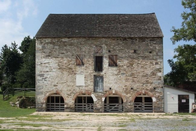 Woodlawn Ston Barn, as mentioned, seen today image. Click for full size.
