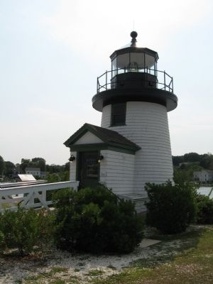 Reproduction of Nantucket Island's Brant Point Lighthouse & Marker image. Click for full size.