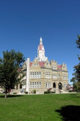 Pike County Courthouse image. Click for full size.