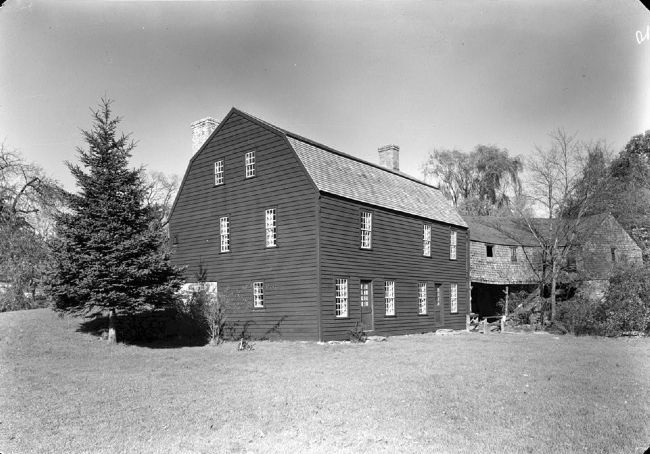 Gilbert Stuart Birthplace image. Click for full size.