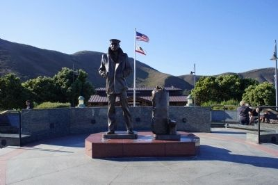 The Lone Sailor Memorial Statue Photo, Click for full size