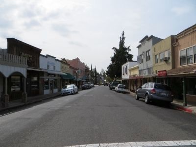 Main Street, Jamestown Photo, Click for full size