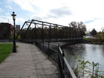 Second Street Bridge over the Kalamazoo River image. Click for full size.