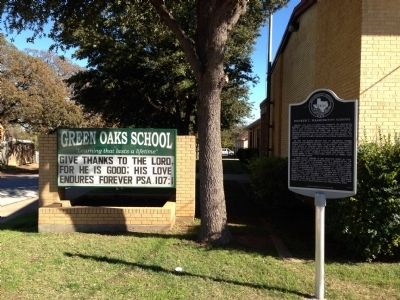 Booker T. Washington School Marker with Green Oaks School sign image. Click for full size.