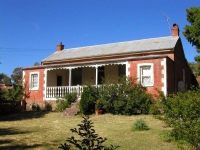 Camden Cottage, 7 Lambie Street image. Click for full size.