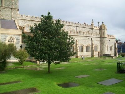 St Columb's Cathedral and Graveyard image. Click for full size.