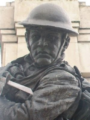 World Wars Memorial Soldier image. Click for full size.