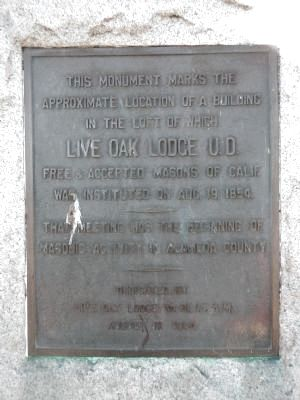 Live Oak Lodge U.D Marker image. Click for full size.