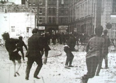Photo on Battle of the Bogside Marker image. Click for full size.