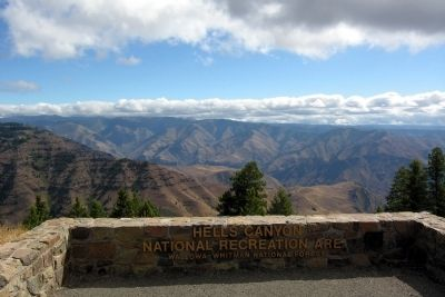 Hells Canyon Overlook image. Click for full size.