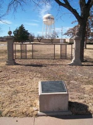 Charles B. Metcalfe Marker and Gate image. Click for full size.