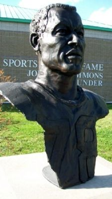 Bust of Bobby Bell image. Click for full size.