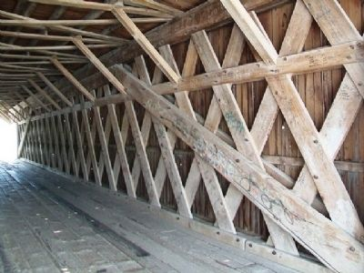 Hogback Covered Bridge Trusswork image. Click for full size.