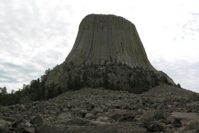 Devils Tower image. Click for full size.