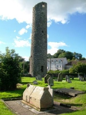 Clones Round Tower and St. Tierney Shrine image. Click for full size.