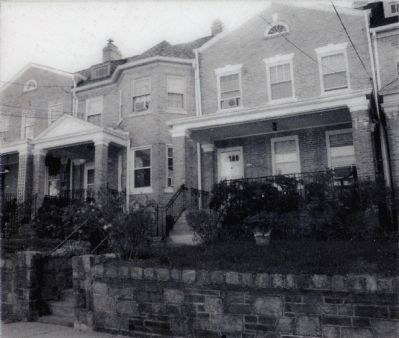 Colonial Revival (Harding) image. Click for full size.