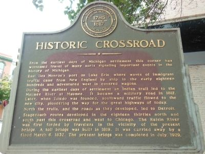 Historic Crossroad Marker image. Click for full size.
