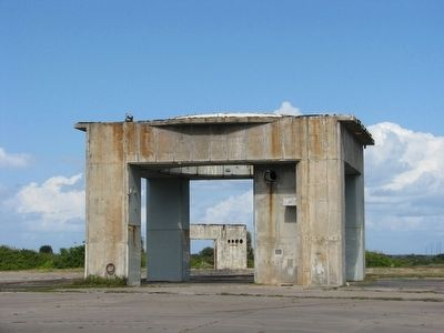 Launch Complex 34 (<i>launch pedestal</i>) image. Click for full size.