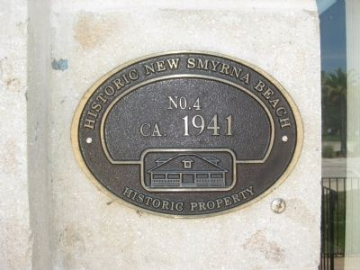City Hall Historic Property Plaque image. Click for full size.