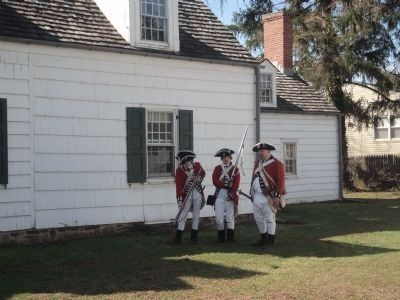 British Troops at the Abraham Staats House image. Click for full size.