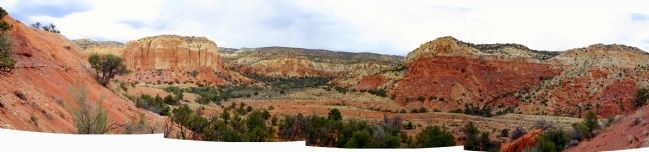 Red Rocks at Ghost Ranch Nearby image. Click for full size.