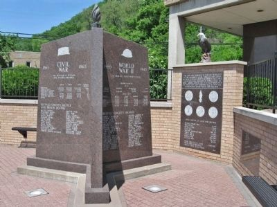 Buffalo County Veterans Memorial image. Click for full size.