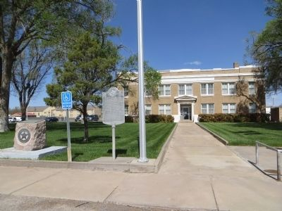 Bailey County Court House image. Click for full size.