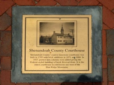 Shenandoah County Courthouse Marker image. Click for full size.