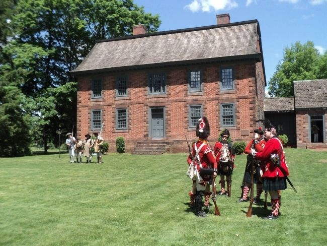 American and British Troops at the Dey Mansion image. Click for full size.